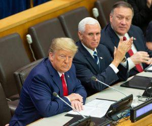 جلسه مهمی که یک دیوانه را رام کرد/ چرا ترامپ میخواست به ایران حمله کند؟