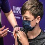 شرط واکسیناسیون والدین برای حضور دانش آموز در مدرسه، تخلف است